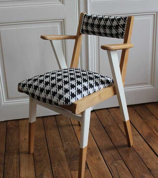 fauteuil pied de poule maison design. Black Bedroom Furniture Sets. Home Design Ideas